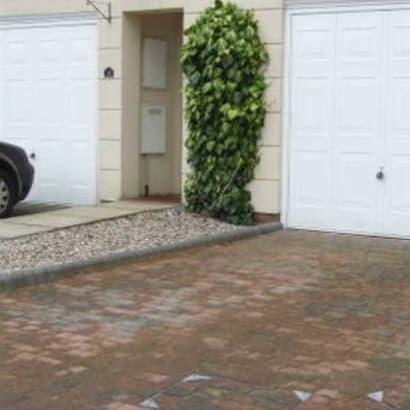 Enhanced-Driveway-Specialist-R00709_2