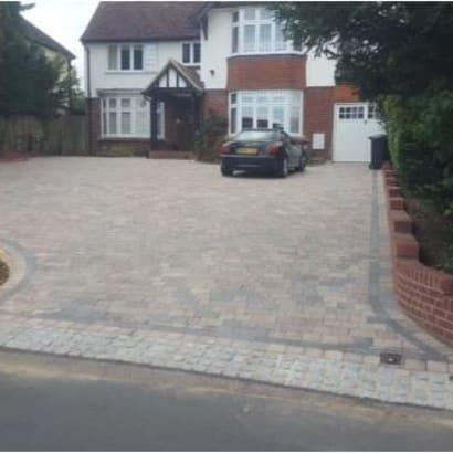 Enhanced-Driveway-Specialist-R00895_2
