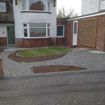 Enhanced-Driveway-Specialist-R01449_10_1