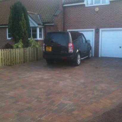 Enhanced-Driveway-Specialist-R01700_1