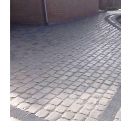 Enhanced-Driveway-Specialist-R02054_1