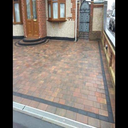 Enhanced-Driveway-Specialist-R03334_3