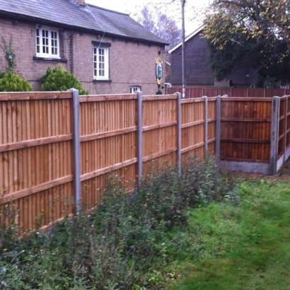 Fencing-Specialist-R02261_1