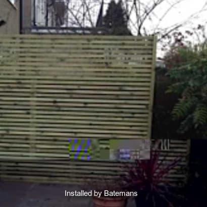 Fencing-Specialist-R02782_2