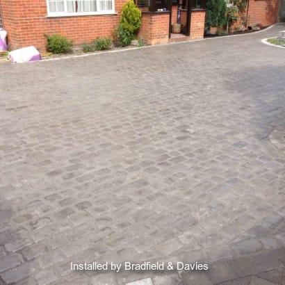 Enhanced-Driveway-Specialist-R00680_1