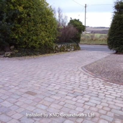 Enhanced-Driveway-Specialist-R03379_1