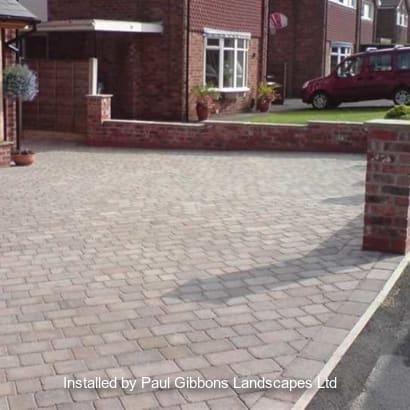 Enhanced-Driveway-Specialist-R00651_2