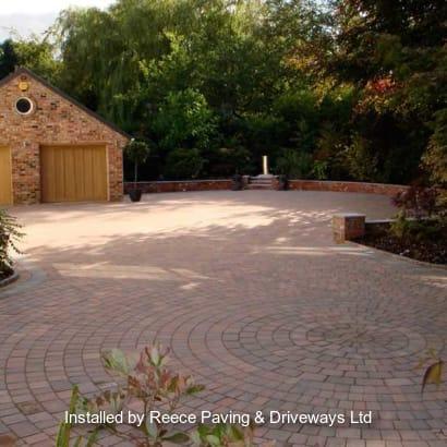 Enhanced-Driveway-Specialist-R01940_1