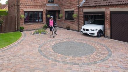 Block Paving Circles