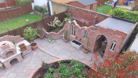 Gohtic multipurpose garden