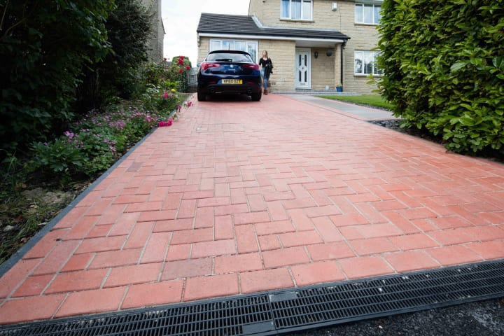 Drivesys Classic Paver - Manor Red thumbnail image