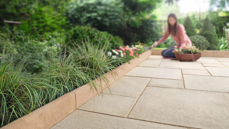 Hewnstone Edging - Light Buff