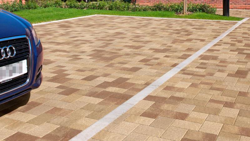 Marshalls Drivesett Coppice block paving in oak blend