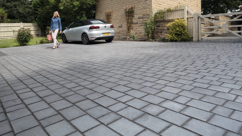 Marshalls Drivesys Riven Stone in Silver Grey.