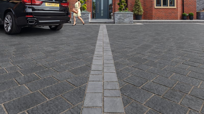 marshalls drivesys flamed block paving in blue pennant