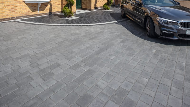 Marshalls Drivesys Riven Stone paving in silver grey
