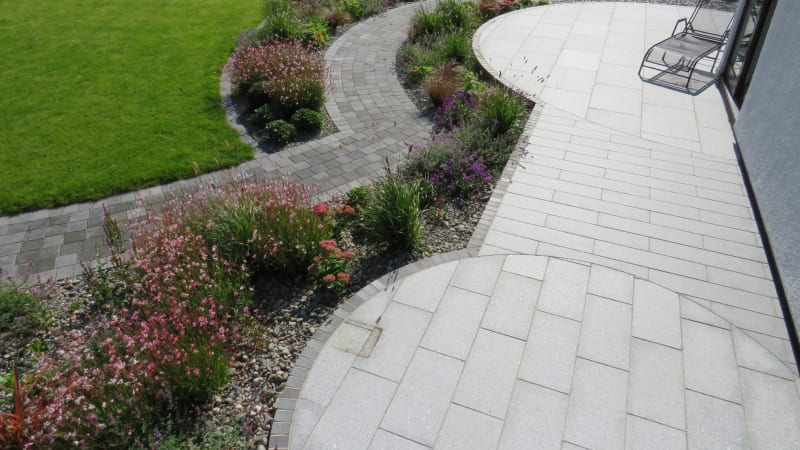 Marshalls Granite Eclipse garden paving in Light