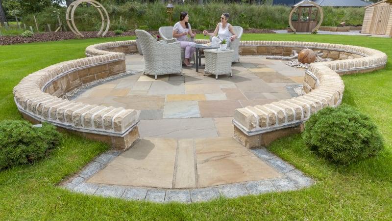 Marshalls Indian Sandstone paving in brown multi