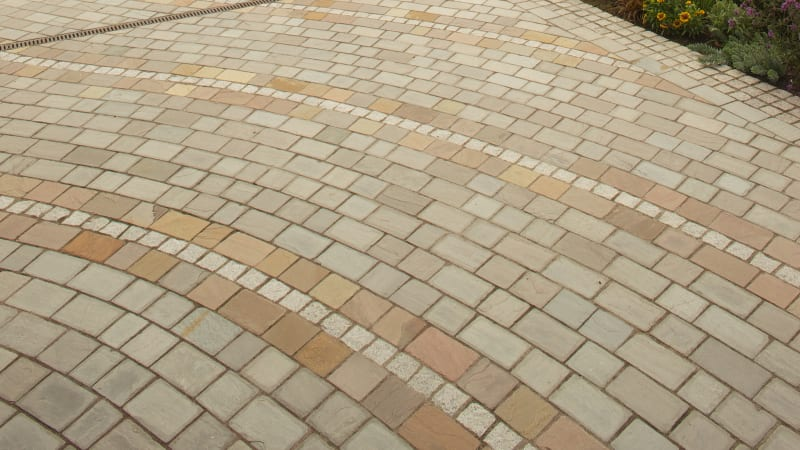 Marshalls Driveway Setts in Autumn Bronze