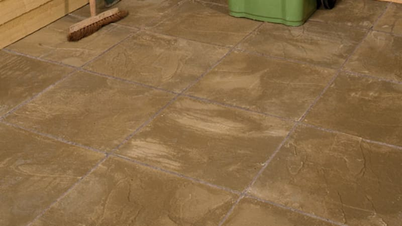 Marshalls Pendle riven paving in buff