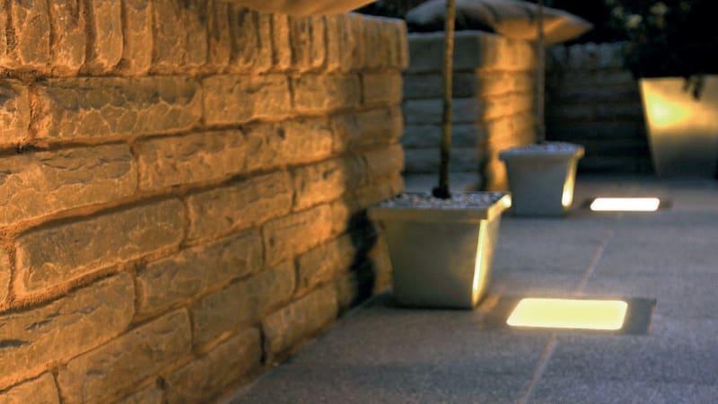 Marshalls Marshalite Rustic finish garden walling in buff