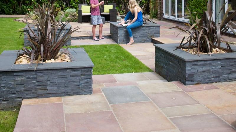 Marshalls Stoneface Drystack Veneer garden walling in Slate Dusk