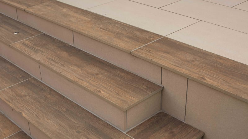 Marshalls SYMPHONY Planks in Cherry colour