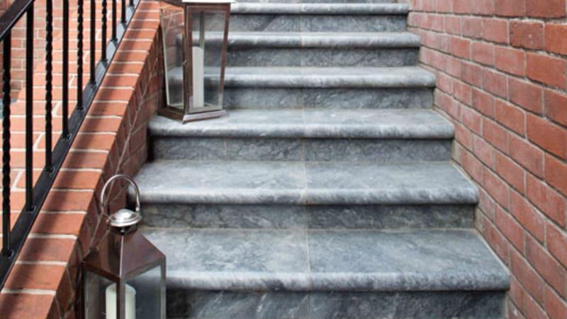Lazaro Marble Bullnose Steps - Ocean