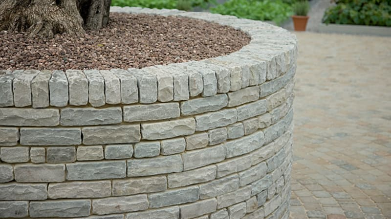 Traditional Natural Stone Tumbled - Silver Birch