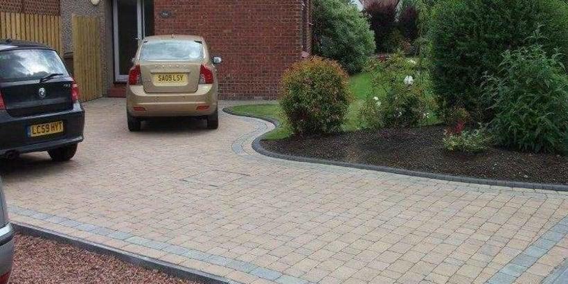 Enhanced-Driveway-Specialist-R00608_12