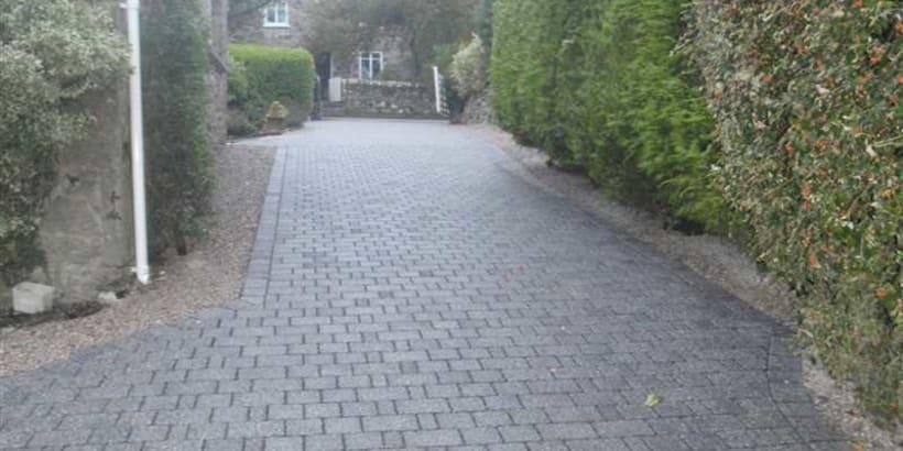 Enhanced-Driveway-Specialist-R00949_2