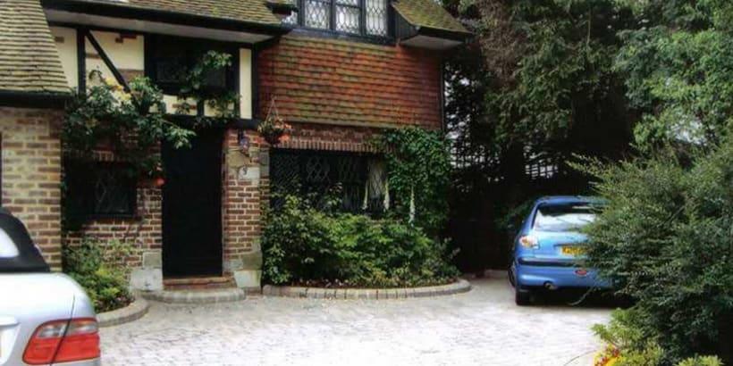 Enhanced-Driveway-Specialist-R01508_1_1