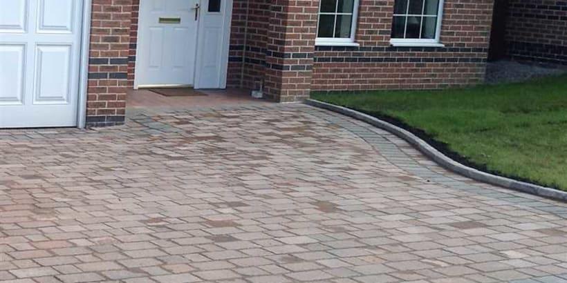 Enhanced-Driveway-Specialist-R01550_2_1