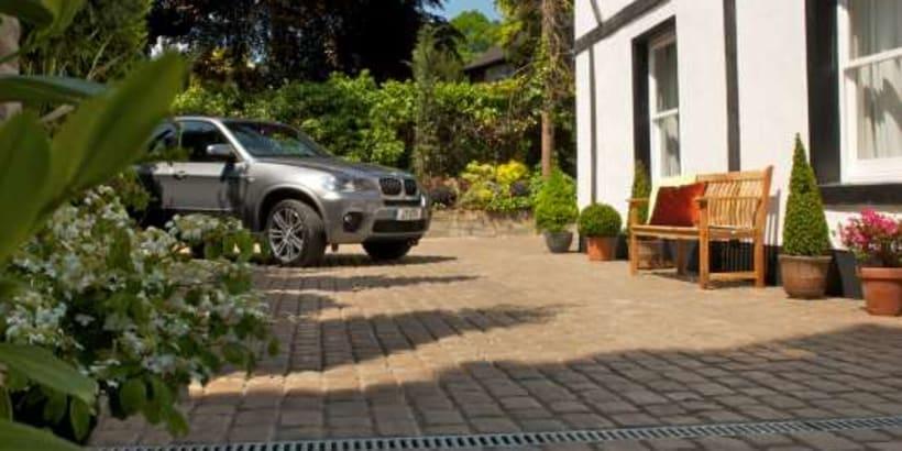 Enhanced-Driveway-Specialist-R01711_3
