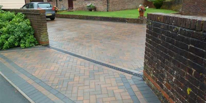 Enhanced-Driveway-Specialist-R01728_2