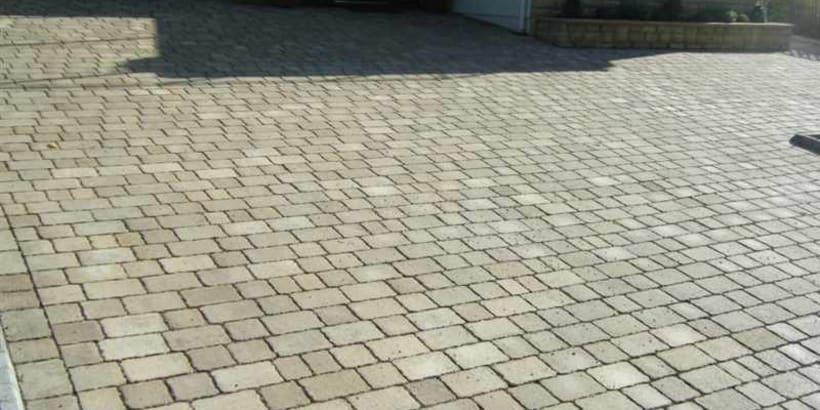 Enhanced-Driveway-Specialist-R01933_3