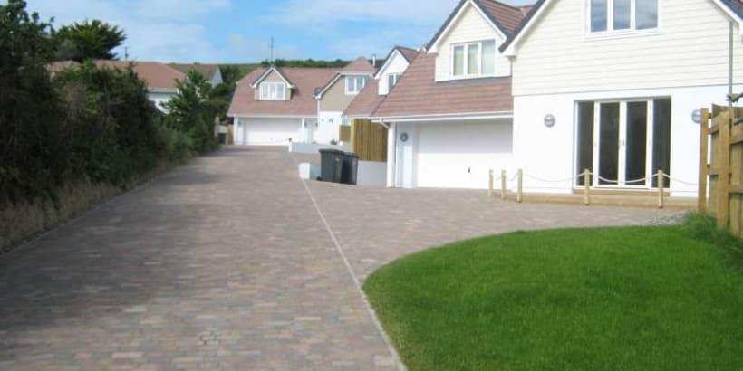 Enhanced-Driveway-Specialist-R02082_2