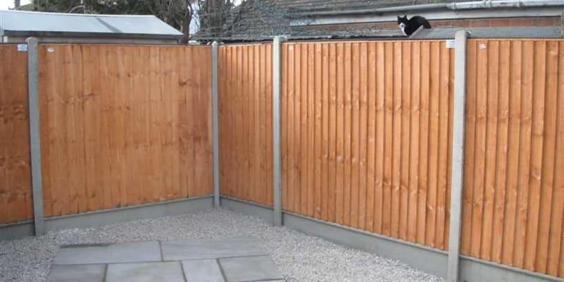 Fencing-Specialist-R02052_1