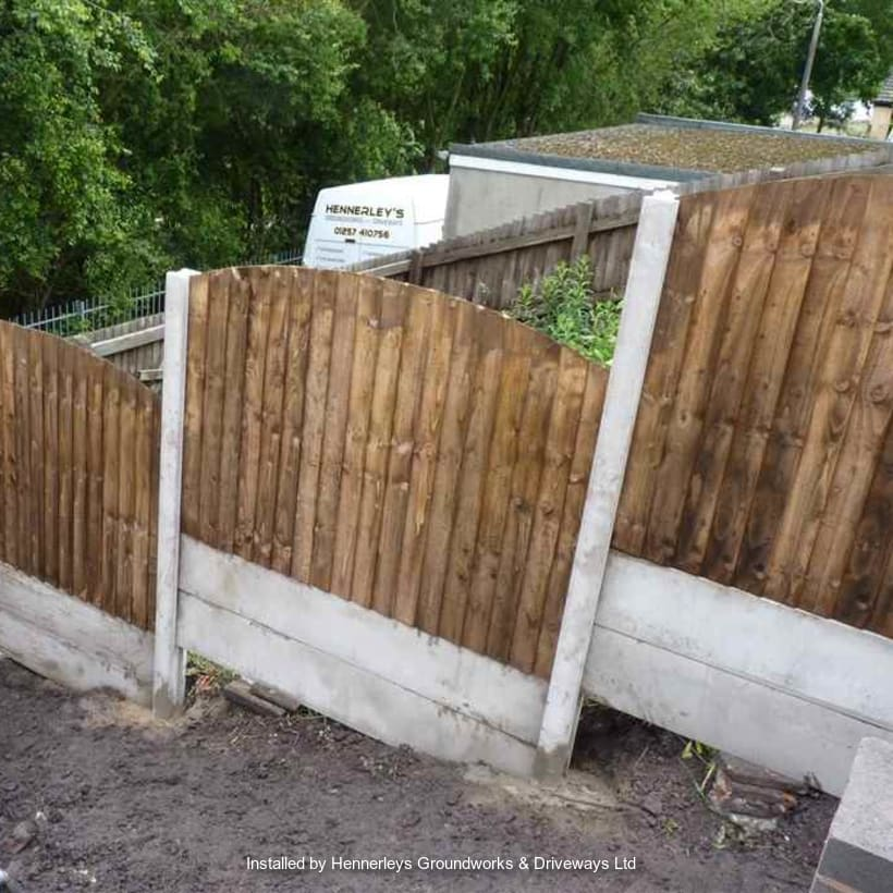 Fencing-Specialist-R02175_1
