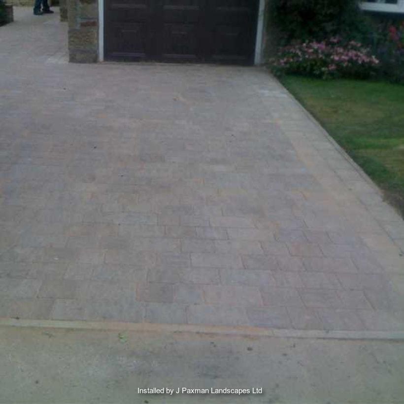 Enhanced-Driveway-Specialist-R01530_1