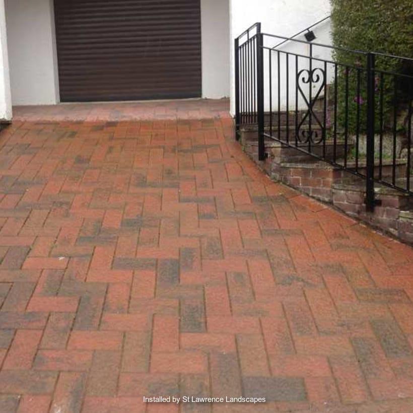 Enhanced-Driveway-Specialist-R01428_1