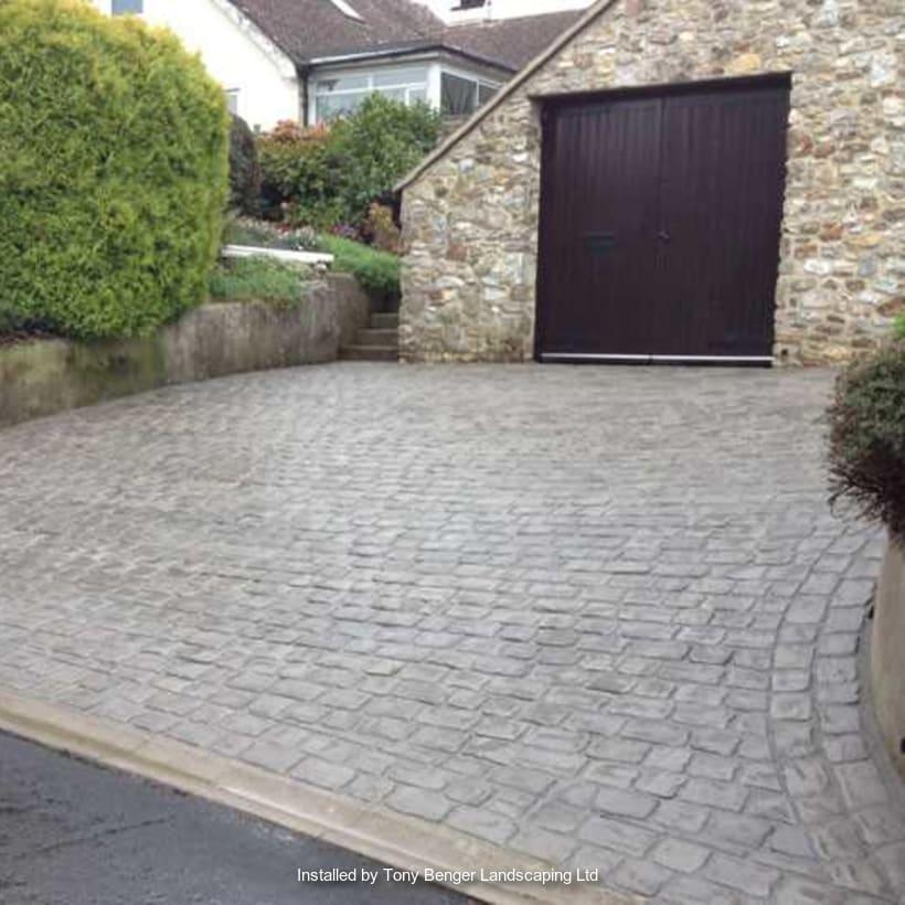 Enhanced-Driveway-Specialist-R00424_1_1