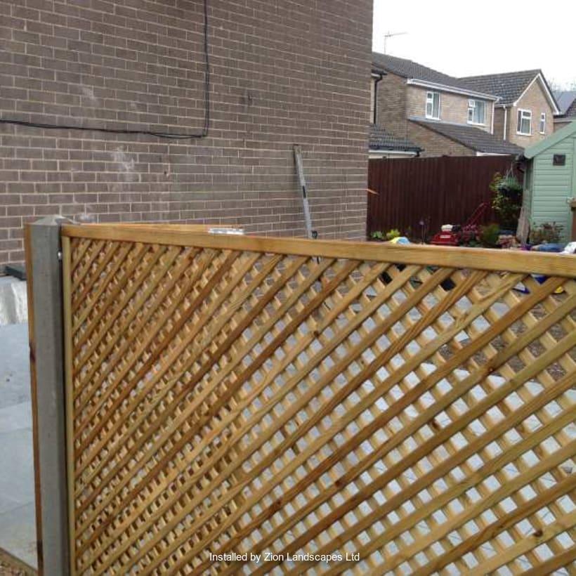 Fencing-Specialist-R02908_2
