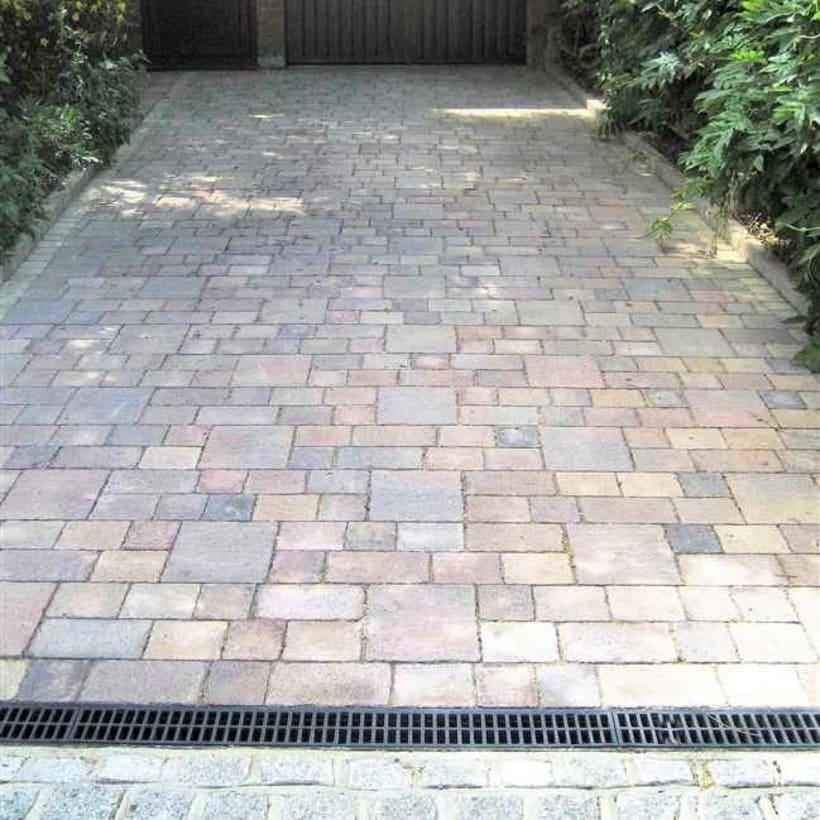 Enhanced-Driveway-Specialist-R00886_3