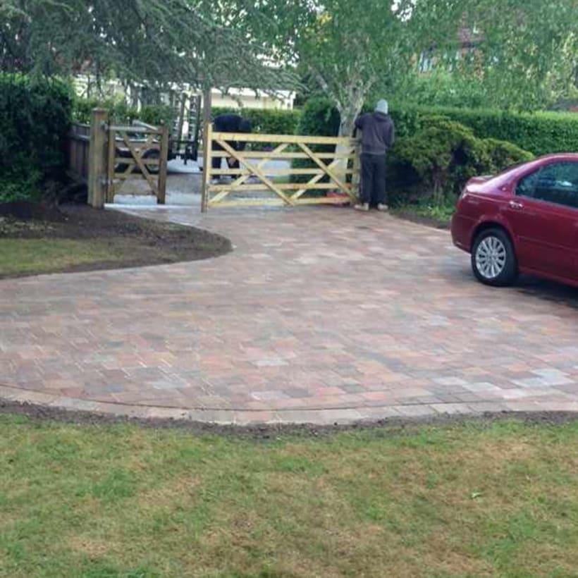 Enhanced-Driveway-Specialist-R01003_1