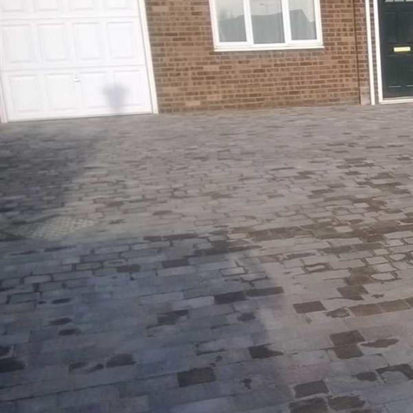 Enhanced-Driveway-Specialist-R01143_1
