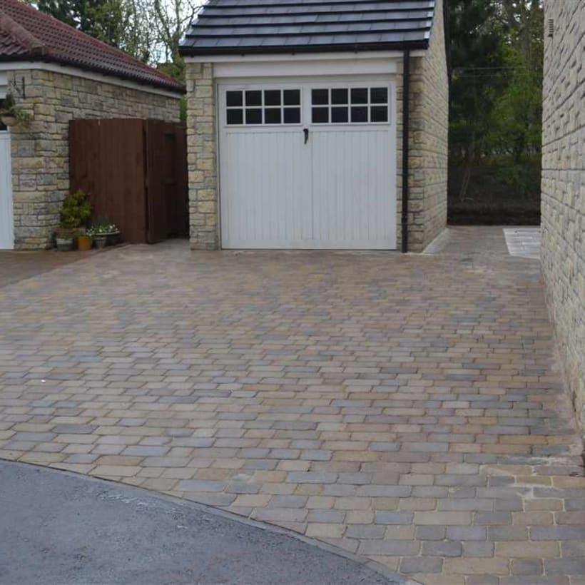 Enhanced-Driveway-Specialist-R01955_1