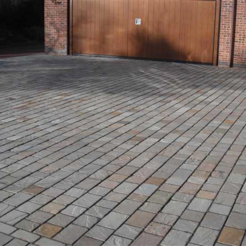 Enhanced-Driveway-Specialist-R01999_2