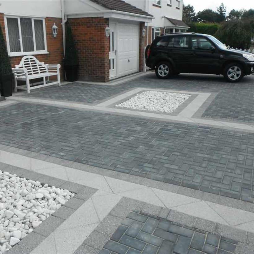 Enhanced-Driveway-Specialist-R02035_1