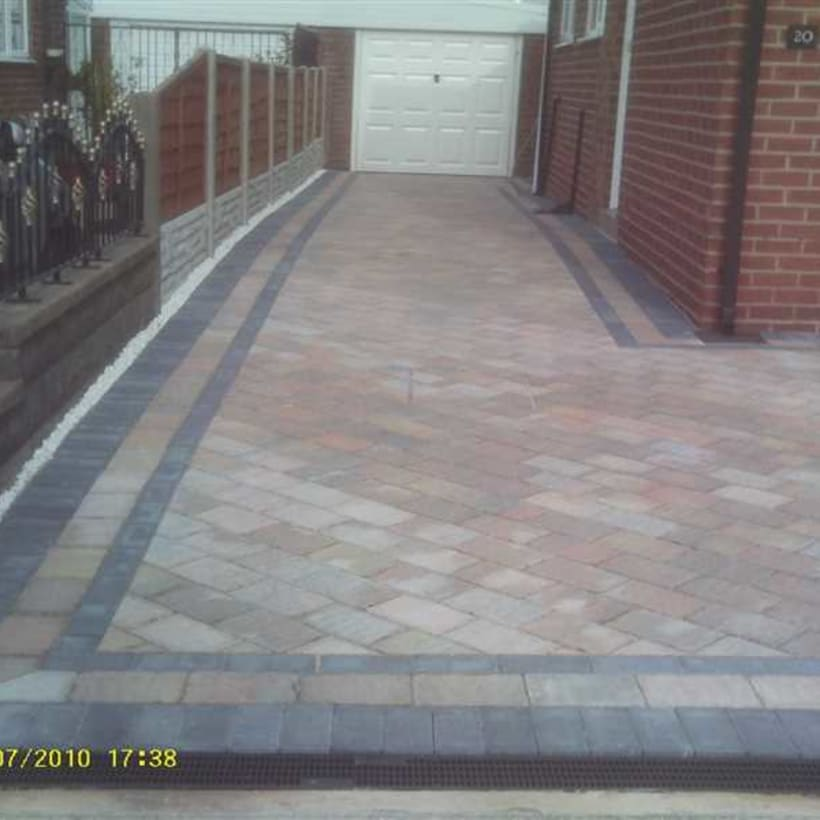 Enhanced-Driveway-Specialist-R02037_1
